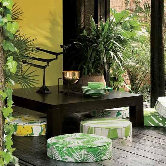 http://cdn.freshome.com/wp-content/uploads/2012/12/green-decorative-pillows-decor-exquisite-design-ideas-2.jpg