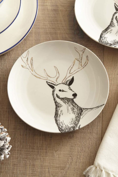$17 for four BUY NOW Your holiday breakfast needs thisadorable set of matching reindeer plates. Rudolph would approve.